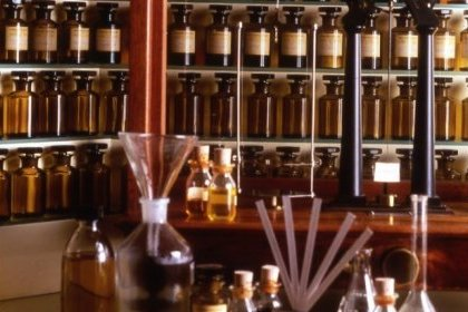 What are fragrance oils made of ?